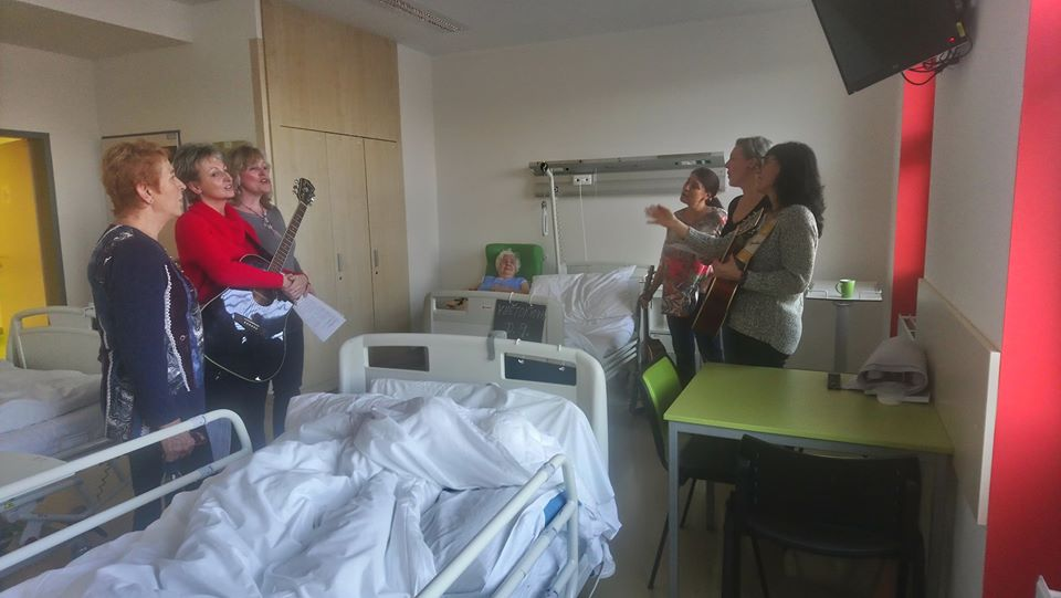 tradiční vánoční zpívání v kladenské nemocnici